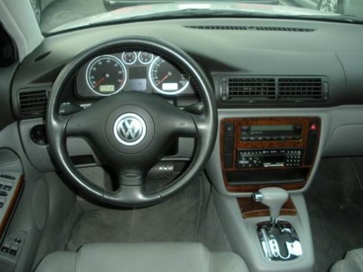 VW中古車/福斯中古車,Passat中古車/百視中古車,福斯VW — Passat 1.8T-圖片4