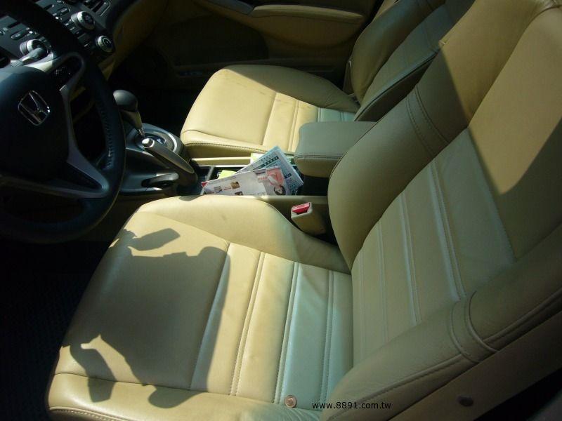 Honda中古汽車/本田中古汽車,Civic中古汽車/喜美中古汽車,自售超省油行駛超安靜.新車價76.9萬的喜美八代k12.最頂級hid.雙安-圖片8