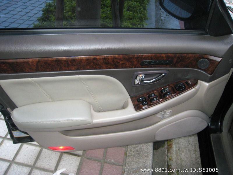 Hyundai中古車/現代中古車,XG中古車,~韓國頂級車種/Hyundai/現代(XG)2001年2.0cc皇家頂級板黑色~-圖片10