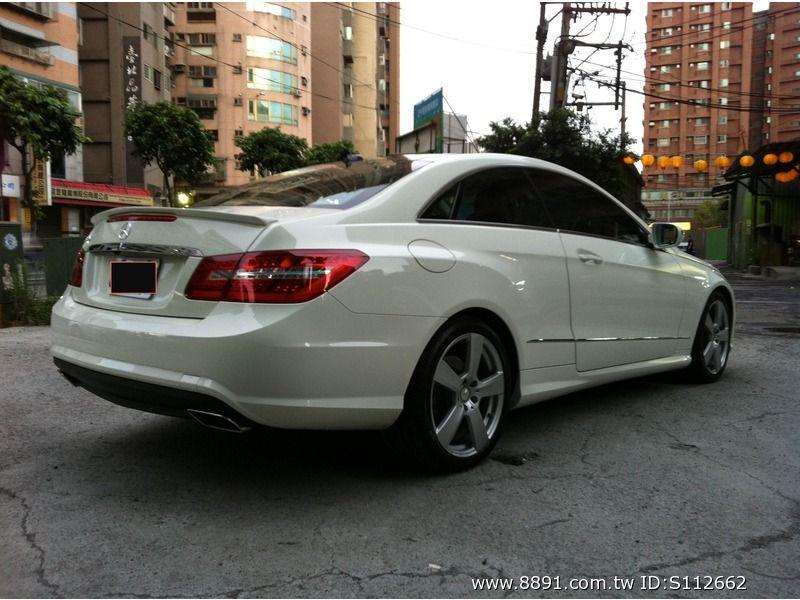 Benz中古車/賓士中古車,E 550中古車,想與眾不同嗎 298萬! 2010 賓士白色兩門全景 在台北都市中一匹唯獨的白馬-圖片7