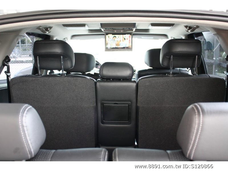 Luxgen中古車/納智捷中古車,Luxgen7 SUV中古車,上順汽車2011/5月出廠7月領牌納智捷SUV 4WD七人座旗艦新古車跑3000-圖片8