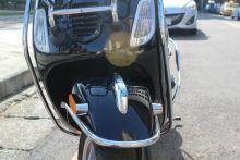 義大利原廠製造-方型頭燈vespa