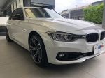 BMW 318i 5AS  配備完整 車況...