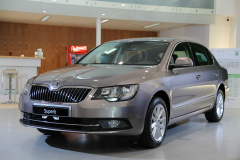 2016 Skoda Superb Sedan 1.8 TSI尊榮版