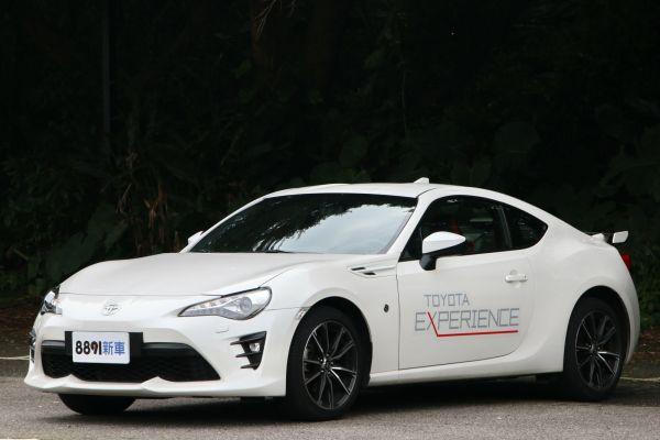 Toyota 86 外觀圖片
