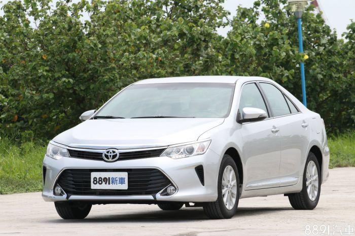 Toyota Camry 外觀圖片