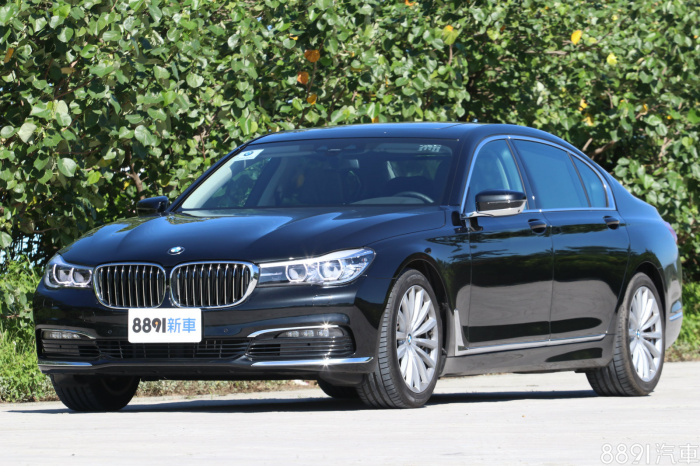 BMW 7-Series 外觀圖片