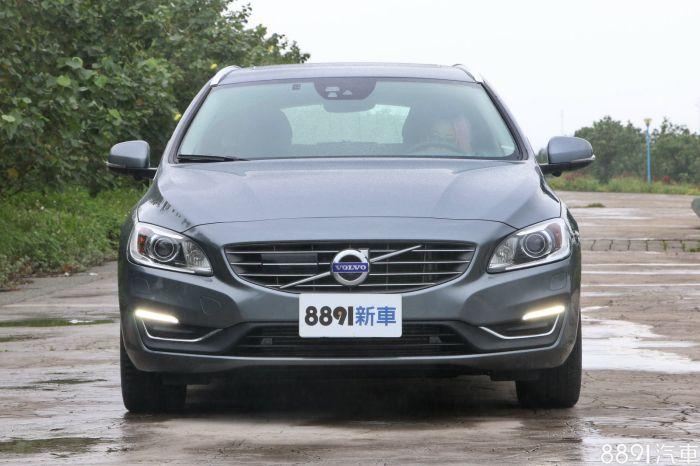 Volvo V60 外觀圖片