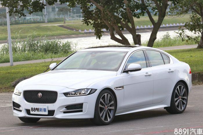 Jaguar XE 外觀圖片