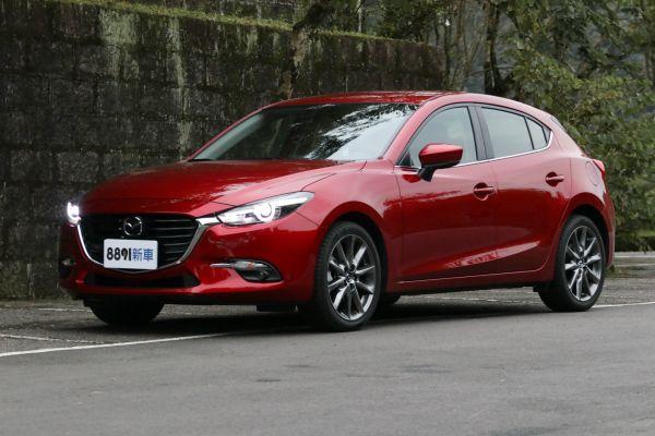 Mazda 3 5D 外觀圖片