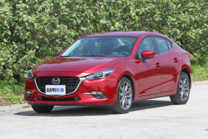 Mazda 3 4D